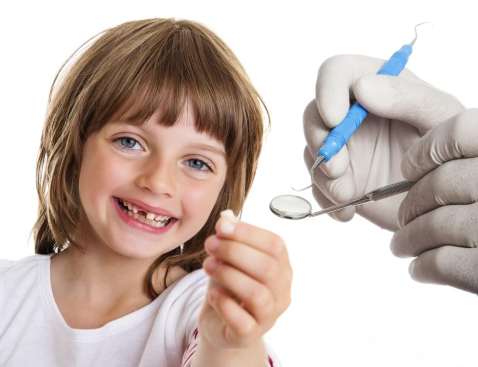 Удаление молочных зубов у детей в Троицке